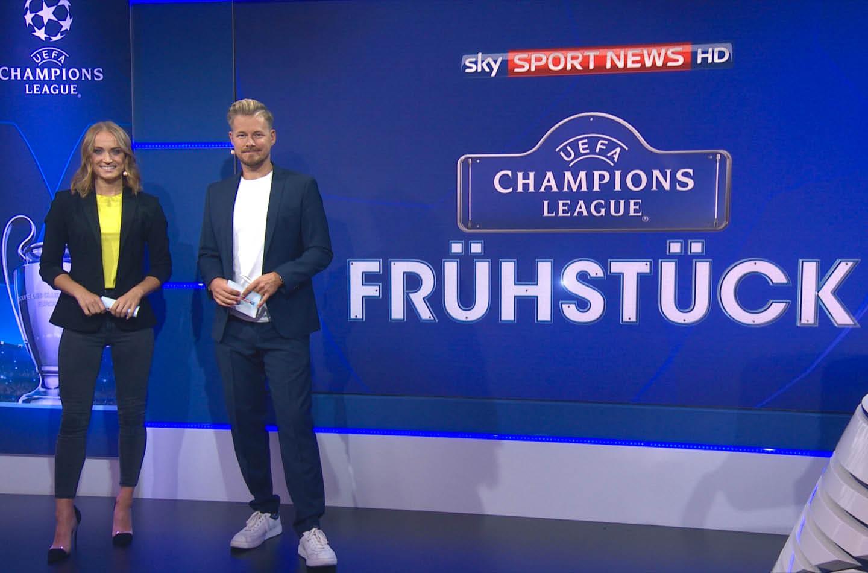 Nele Schenker bei Sky moderiert die Fußball Champions League